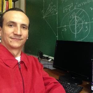 Juan R. | Tutor in Calculus, Geometry, Mid-Level Math, Physics, Pre-Calculus, Trigonometry | 5410669